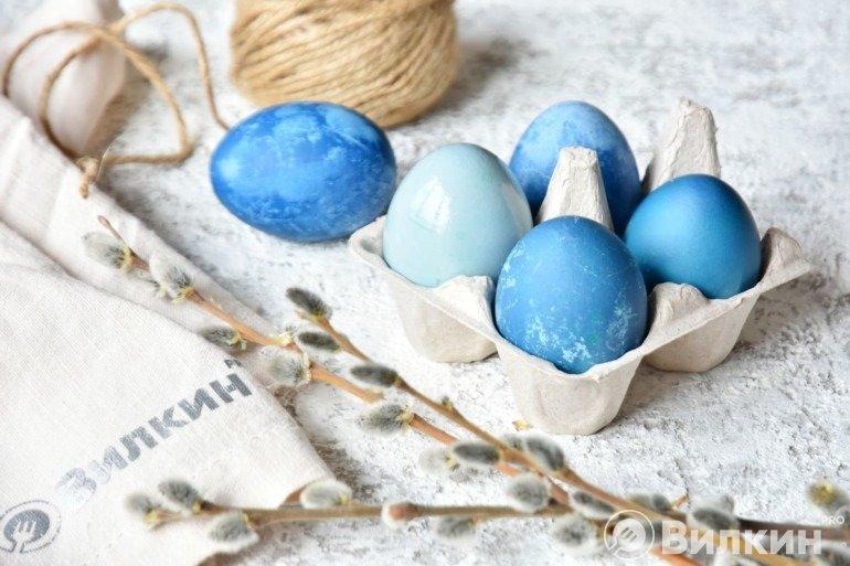 Пасхальные яйца синих оттенков