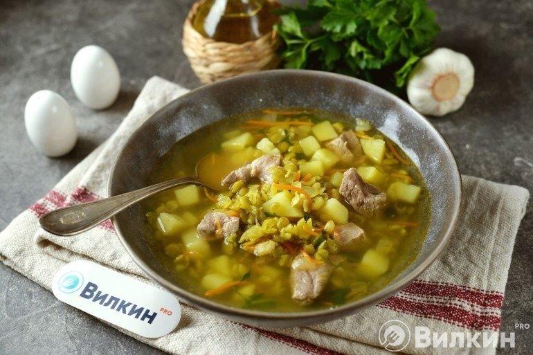 Гороховый суп со свининой на обед