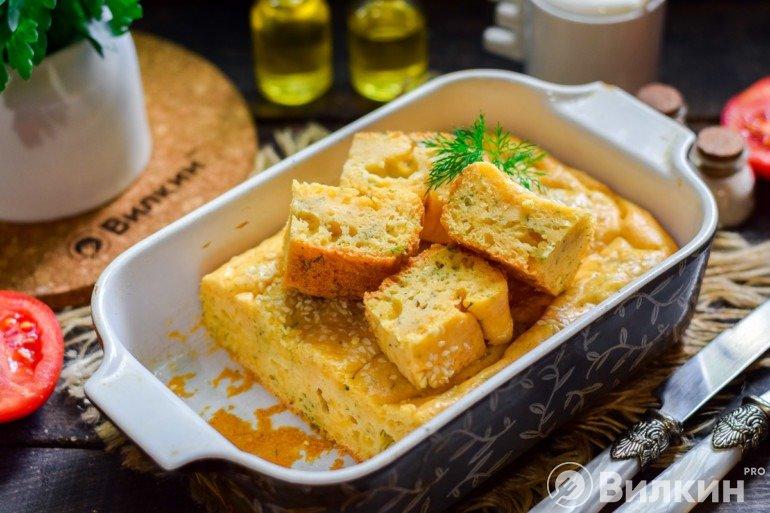 Нарезка и подача сырного пирога