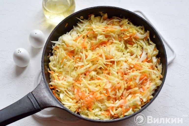 Обжарка овощей с капустой