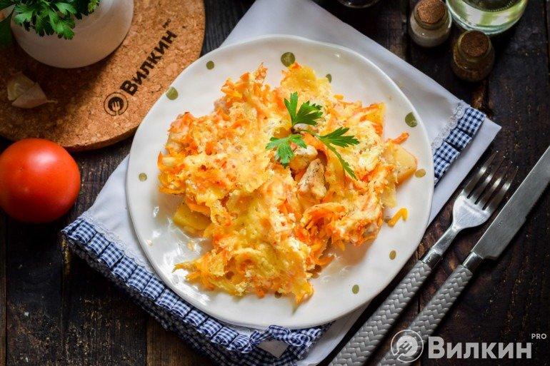 Картофель, запеченный с куриным филе