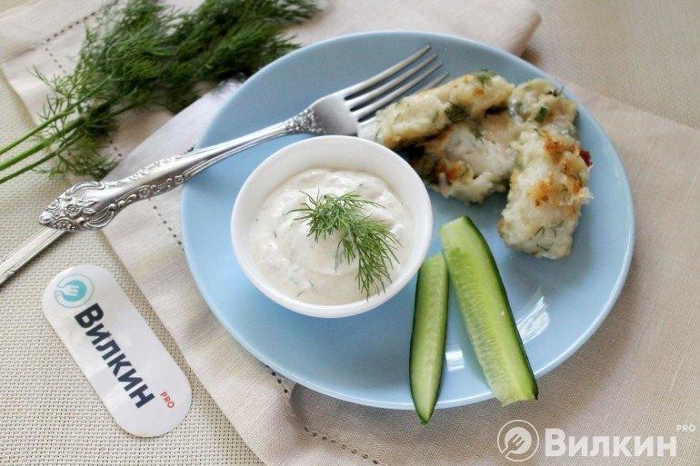 Соус из сметаны и хрена для рыбы