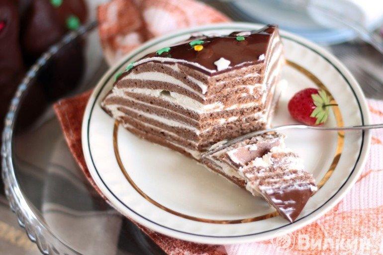 Подача тортика на десерт