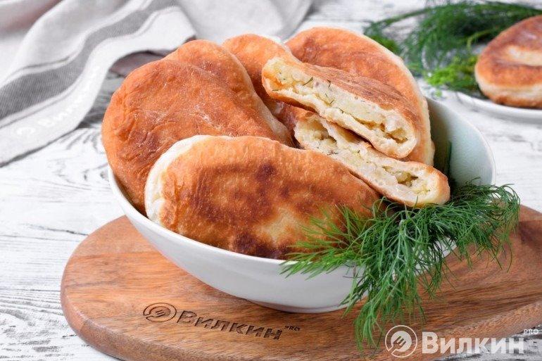 Пирожки на кефире с картошкой и грибами