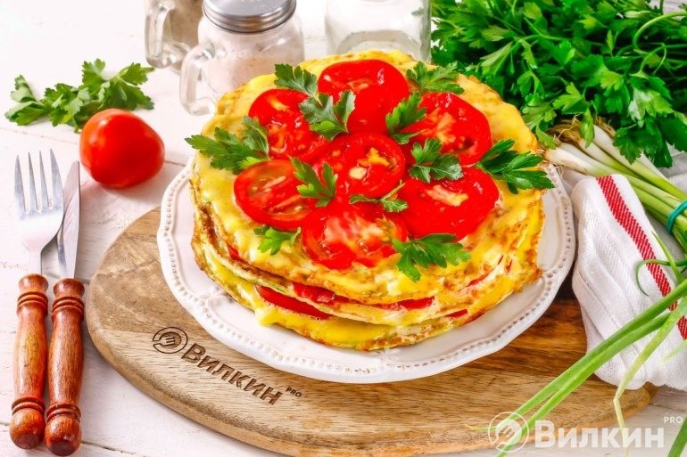 Кабачковый торт с помидорами и чесноком: нежный и вкусный