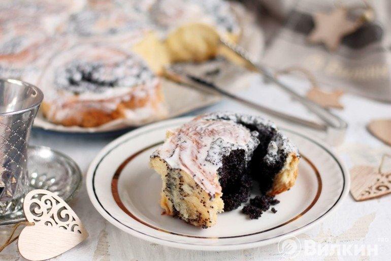 Синнабон с маком на десерт
