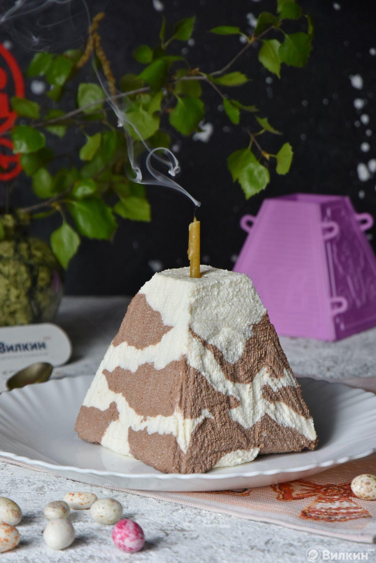 Праздничная пасха с шоколадно-ванильным вкусом