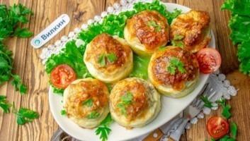 Кабачки с мясным фаршем и сыром в духовке