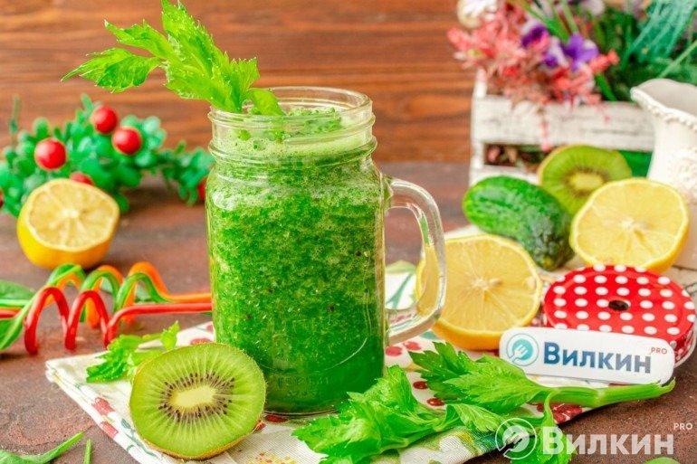 Зелёный детокс-смузи для похудения