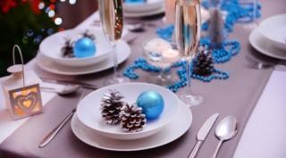 Голубые элементы декора